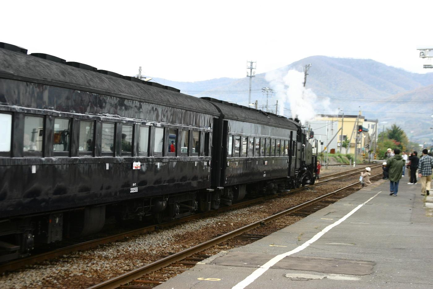Jr111129001