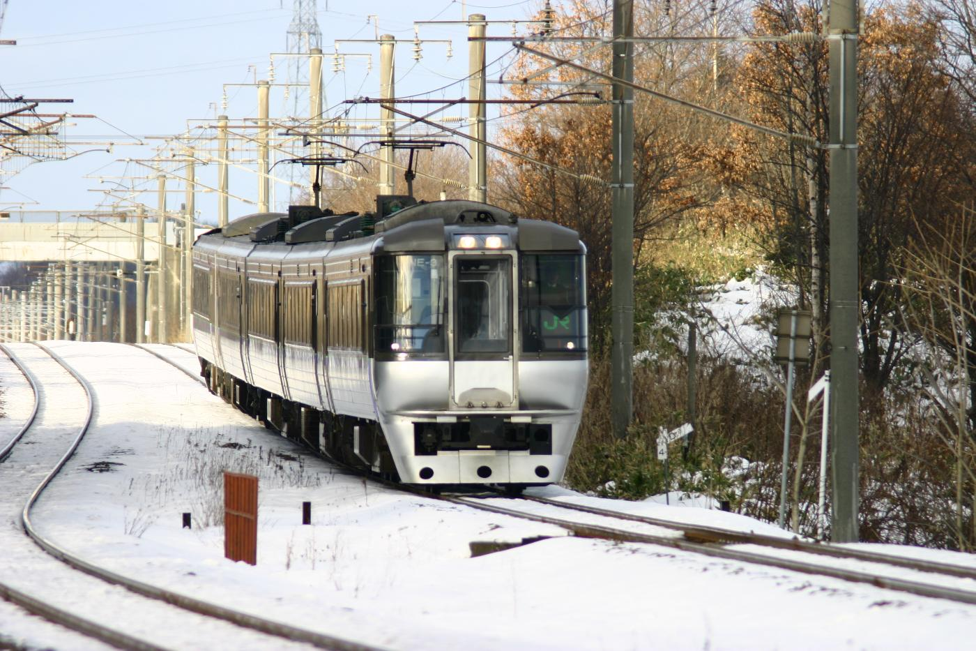 Jr111221001