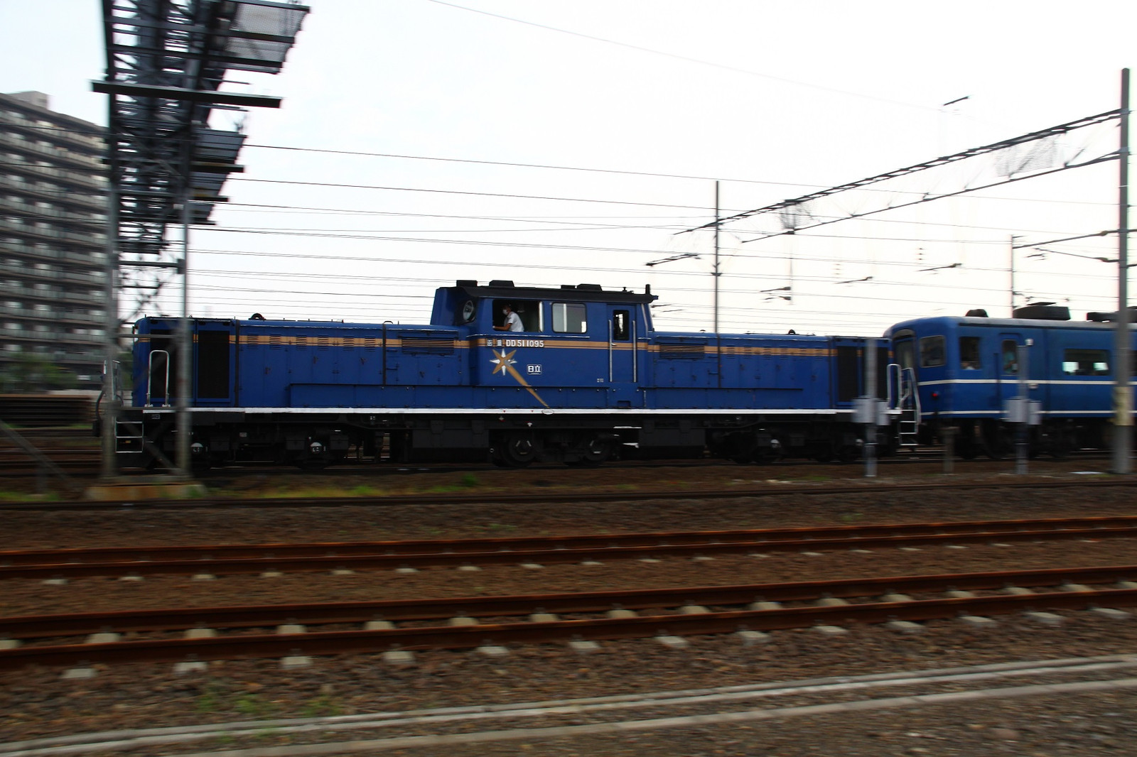Jr1308160004