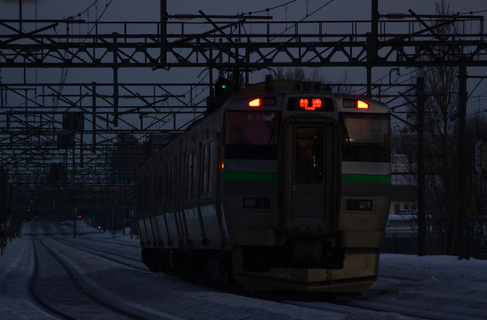 Jr1701086002